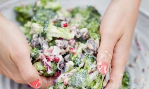 Broccoli salad with pomegranate and raisins